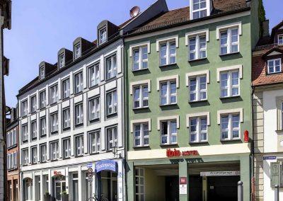 Ibis-Bamberg-Altstadt-Aussenansicht-Eingang